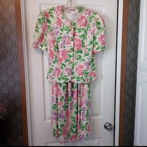 Vintage Maggie London Floral Linen Cotton Set